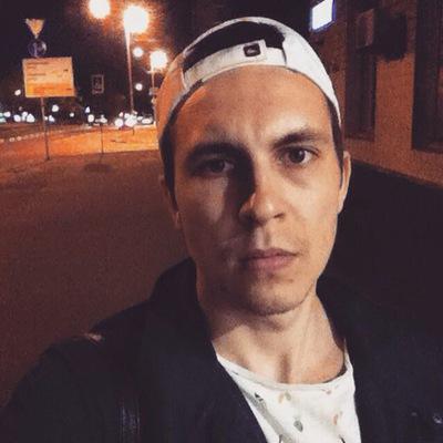 Влад Романов