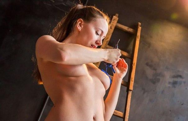 картина грудью