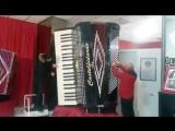 Самый большой аккордеон