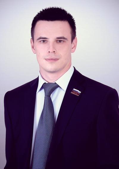 Константин Казвиров