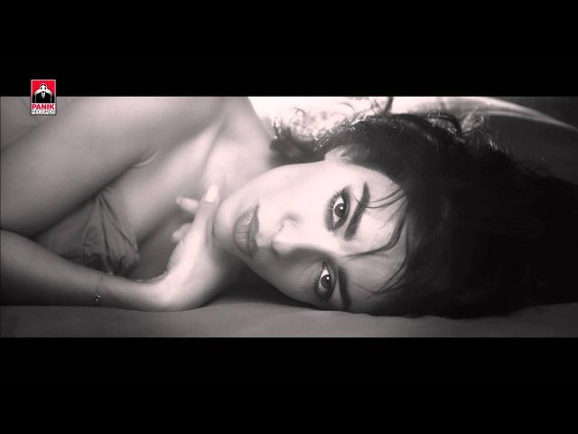 Ελένη Φουρέιρα - Δεν Σου Χρωστάω Αγάπη / Den Sou Xrostao Agapi | Official Music Video