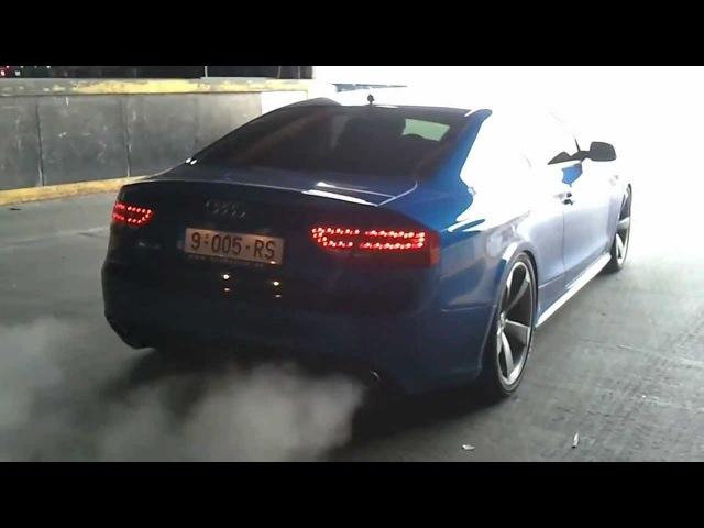 Audi RS5 Cool Sound.Massive REVS