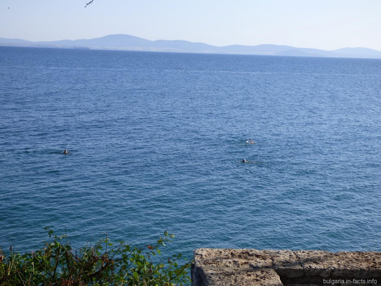 Не смотря на небольшое похолодание, продолжаем радоваться солнышку и отличному настроению в теплой Болгарии!