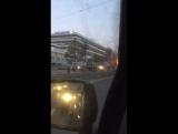 Ещё одно видео горящей газели. Машина полная товара была.