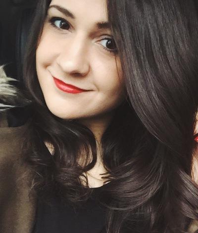 Александра Бондар