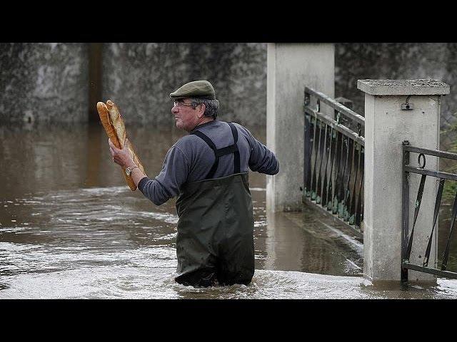 Європа під водою: повені та урагани відкривають літній сезон