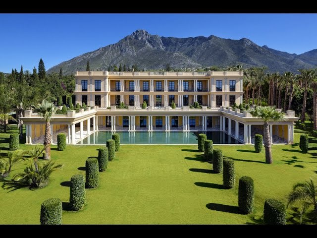 Luxury Villa in Marbella. Exclusive Palatial Estate on Marbella's Golden Mile