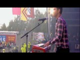 Scouting for Girls - This Aint A Love Song Live @ T in the Park 2010 (HQ)