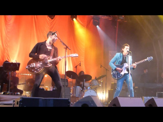 THE LAST SHADOW PUPPETS MANCHESTER CASTLEFIELD BOWL 10/07/16 MIRACLE ALIGNER