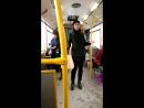 Девушка в тюменском автобусе подняла настроение пассажирам!