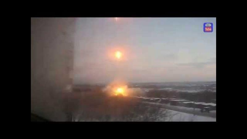 1 декабря 2014 Донецк Боевики открыли огонь Градом в Донецке Militians Hail in Donetsk