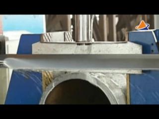 Скоростной ленточнопильный станок для резки труб с рольгангом.