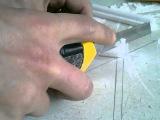 Подрез угла в потолочном плинтусе без стусла