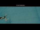 Энн Хэтэуэй (Anne Hathaway) плавает в фильме