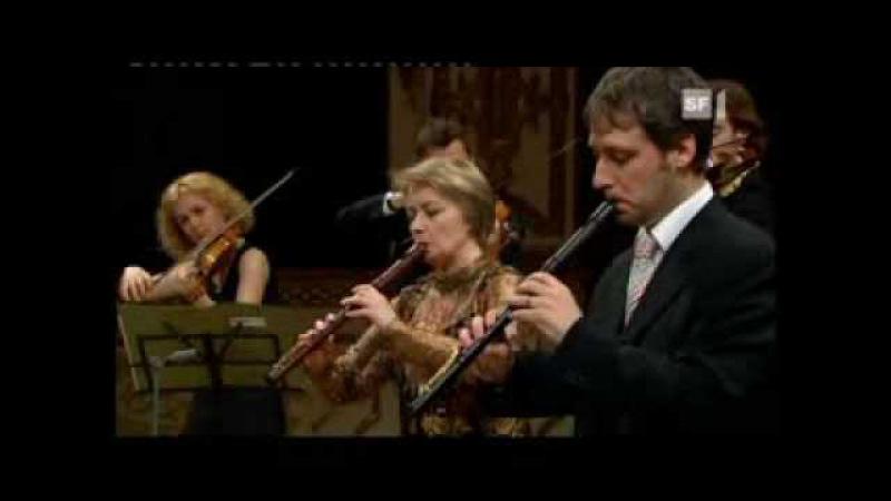 Bach Brandenburg Concerto 4, 1.movement. Claudio Abbado, Giuliano Carmignola, Michala Petri, Nikolaj Tarasov, Ottavio Dantone, Mario Brunello, Orchestra Mozart Bologna.