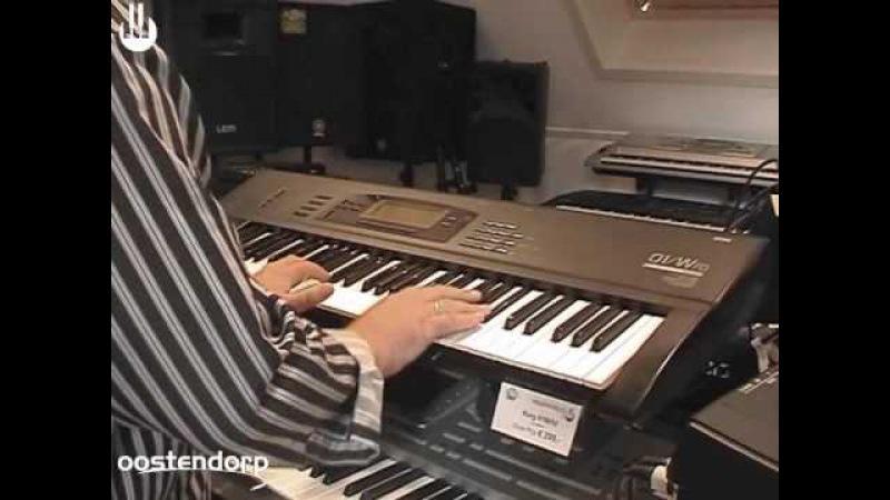 Korg 01W/FD synthesizer bij Muziekcentrum Oostendorp