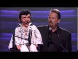 Elvis impersonator singing Aaron Neville