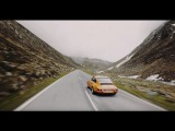 CURVES Magazine Soulful driving with 9 Porsche models in the Swiss and Italian Alps.