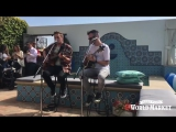 14 мая 2016 Кендалл и Дастин выступали с песней Happy Mistakes на вечернике CelebrateOutdoors в Санта-Монике, США