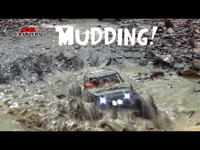 Montage Mudding! Toyota hilux Axial scx10 RCModelex Defender Scorpion 4x4 RC offroad adventures