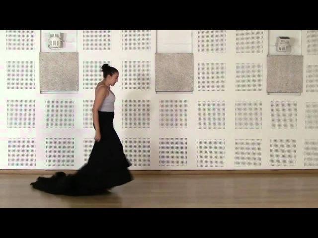 Técnica avanzada de bata de cola flamenca Cogida 3