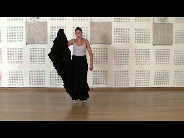 Técnica avanzada de bata de cola flamenca Cogida 4