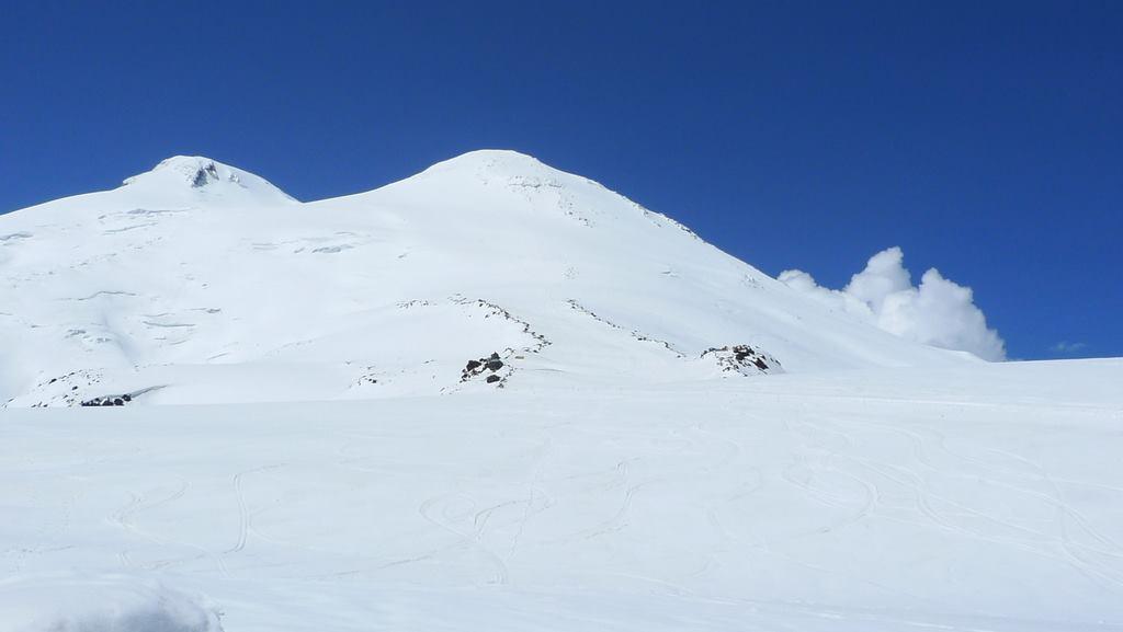 Взойти на Эльбрус с юга (май 2015)