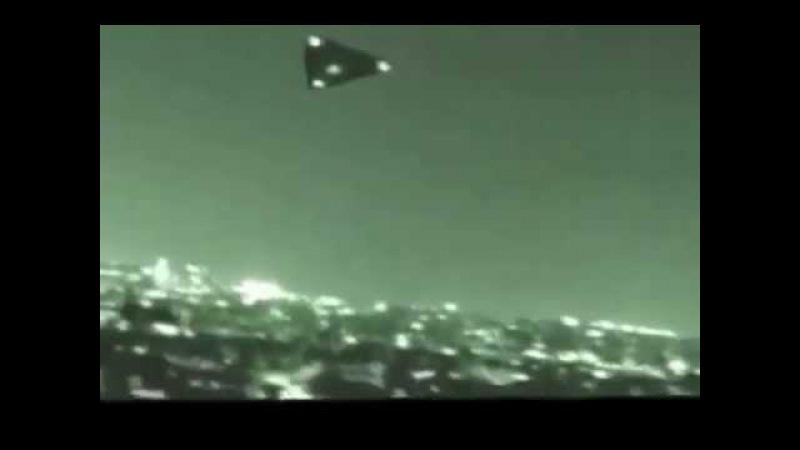 UFO over Paris\НЛО над Парижем