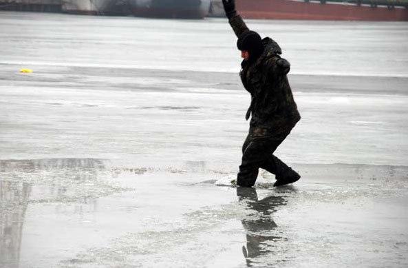 Осторожно! Коварный лед!