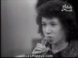 Les Poppys interprètent L'école est finie - 1972
