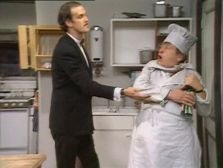 Fawlty Towers (Studio INIS) S01E05