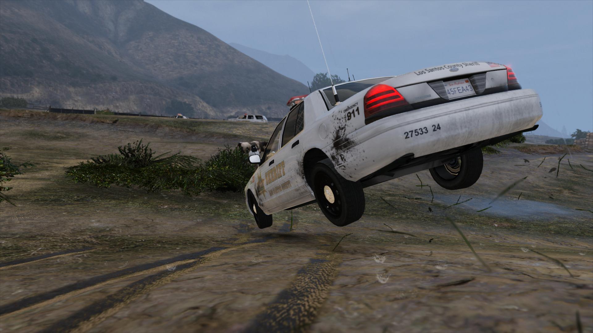Полицейская машина в ГТА5