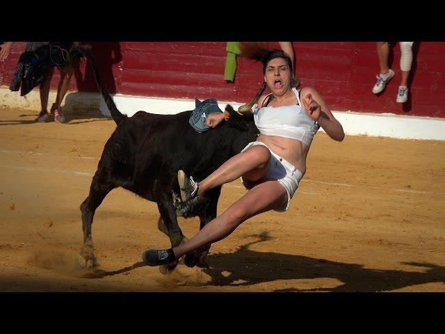 Cogidas Divertidas, Vaquillas - Huesca 2015(UHD4K)