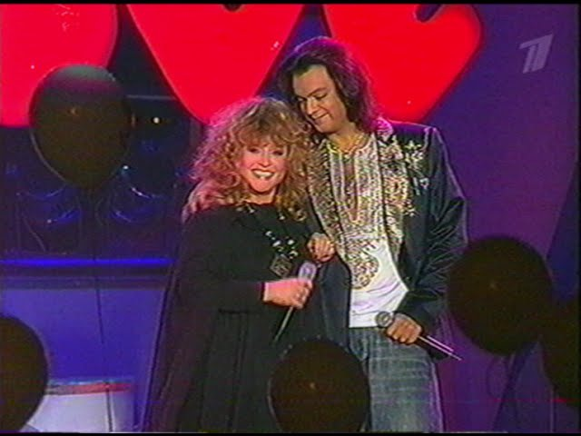 Алла Пугачева и Филипп Киркоров в концерте Love Story Санкт Петебруг 13 02 2003 г