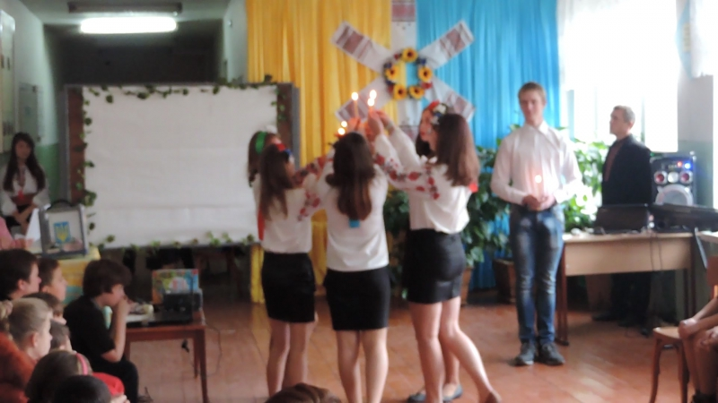 Благодійний концерт - Танець із свічками