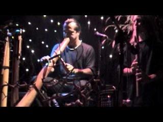 Ash Dargan on Didgeridoo with Evren Ozan on Native American Flute