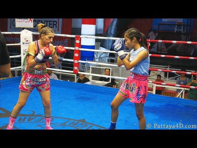 Thai Girl VS Uzbekistan Girl MuayThai Fight at Superfight Thepprasit Pattaya 17 October 2013