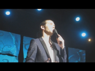 Amaury Vassili ♫ Hallelujah (Corum de Montpellier 20 décembre 2015)
