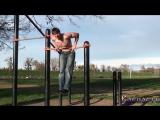 Как научиться делать выход силой на две руки обучалка