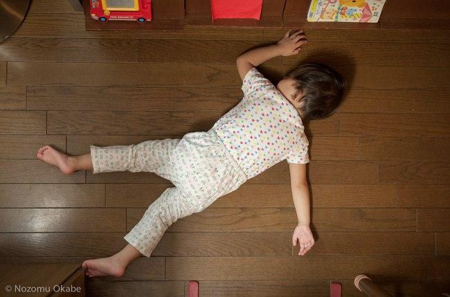 g1KKArfcBT4 - 20 Доказательств того, что ребенок может заснуть независимо от времени и места