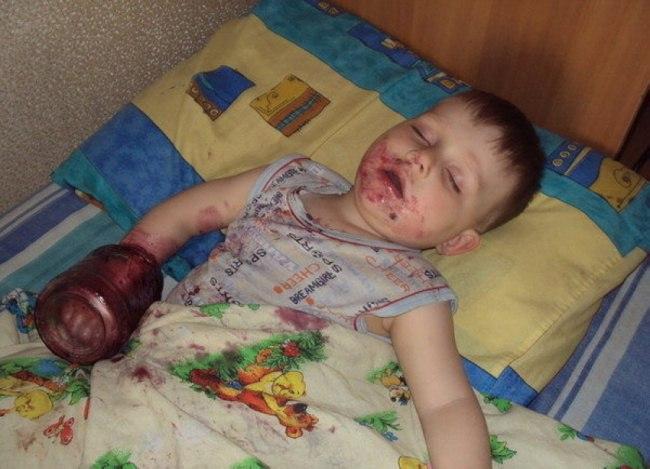 UoDo1m1jeYY - 20 Доказательств того, что ребенок может заснуть независимо от времени и места