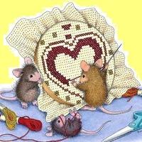 Вышивка мышки рукодельницы