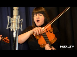 Folk Alley Sessions: Laura Cortese & the Dance Cards -