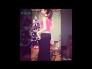 Красивая Узбечка танцует (Янгиси Март 2015) - Арабский танец - O'zbek qizining _low