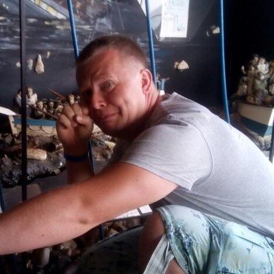 Илья Бороненков