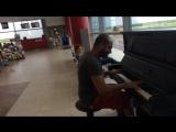 Пианист в аэропорту. Fur Elise, Титаник (образы).