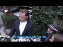 Actor Sam Heughan thrills fans outside BAFTA los angeles party