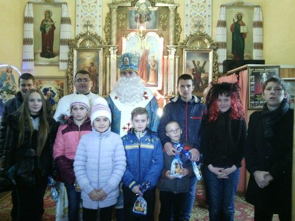 До парафії Андрія Первозанного завітав Миколай! (фотофакт)