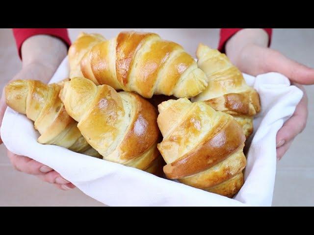 CORNETTI DOLCI Ricetta Facile con poco burro - Easy and Quick Croissant Recipe