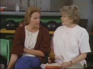 The Haunted (1991) - Sally Kirkland Jeffrey DeMunn Joyce Van Patten Diane Baker